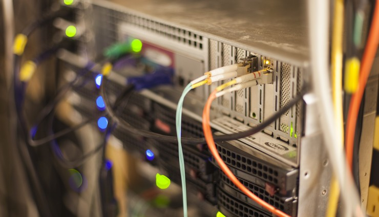 FreeNAS Server - Fibre Connections (Ethernet and FC)
